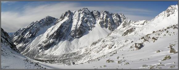 Vysoké Tatry. Mengušovská dolina, hřeben Bašt