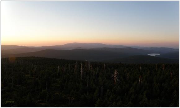 Jizerské hory z Jizery