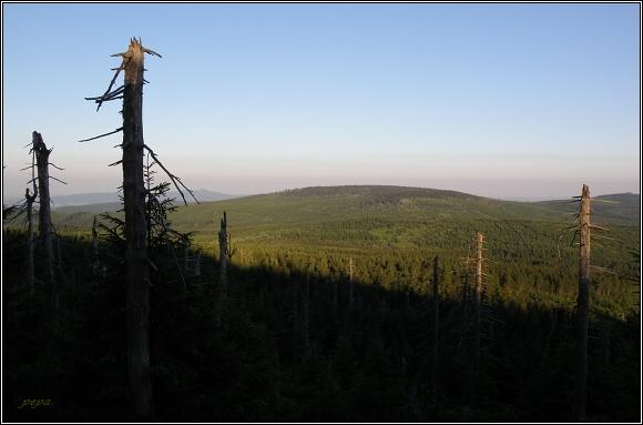 Svítání na Jizeře. Pohled k Černé hoře