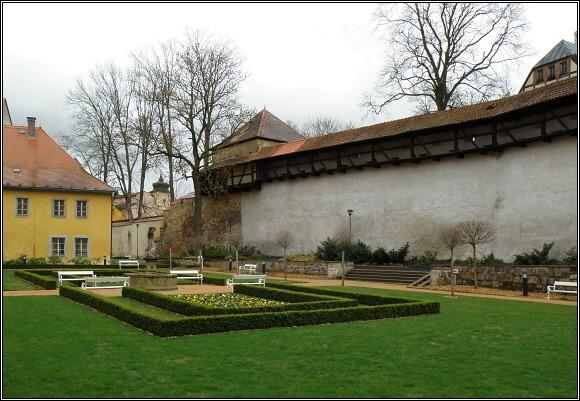 Klášterní zahrada v Chebu