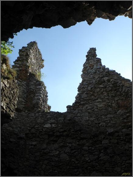 Malé Karpaty. Ostrý Kameň