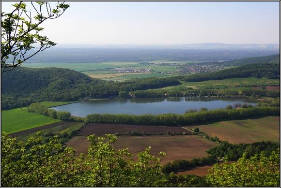 Malé Karpaty. Vodní nádrž Buková