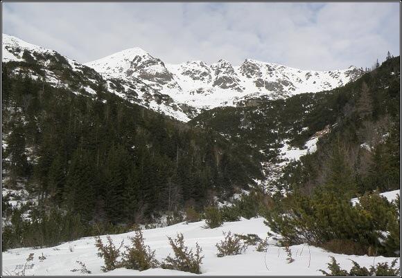 Žiarska dolina. Hrubá kopa a Tri kopy