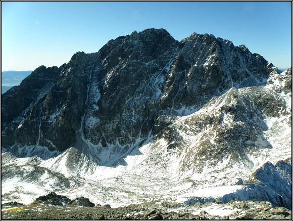 Vysoké Tatry. Poľský hrebeň, pohled na Gerlachovský štít a Zadný Gerlach