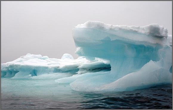 Led arktického moře se dokáže seskupit do neuvěřitelných tvarů