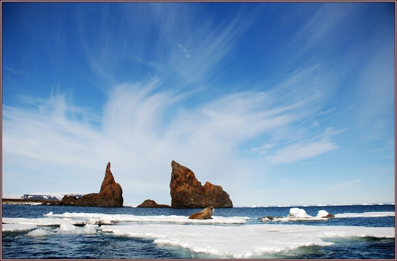 Země Františka Josefa. Hallův ostrov