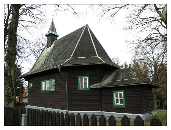 Dřevěný kostel v Hrčavě