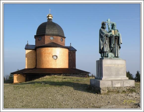 Moravskoslezské Beskydy. Radhošť, Kaple sv. Cyrila a Metoděje