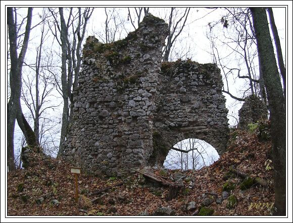 Muránsky hrad. Séčiovský palác