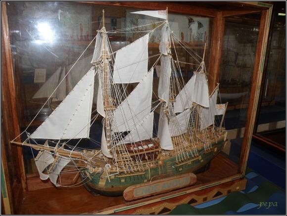 Miniuni Ostrava. Na lodi Endeavour se vydal James Cook na první plavbu kolem světa