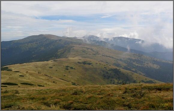 Nízké Tatry. Pohled z Latiborskej hole k východu