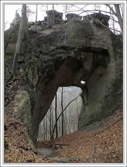 Súľovské skaly. Obrovská brána