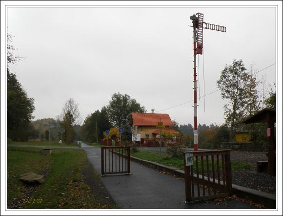 Místo bývalé železniční zastávky Slapany na železniční trati z Chebu do Waldsassenu