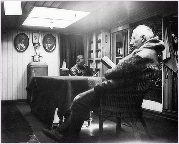 Roald Amundsen a H. U. Sverdrup na Maud