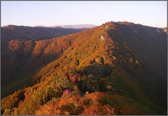 Muránská planina a Nízké Tatry z Muránského hradu