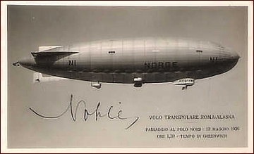 Norge na dobové pohlednici, s podpisem Umberta Nobila