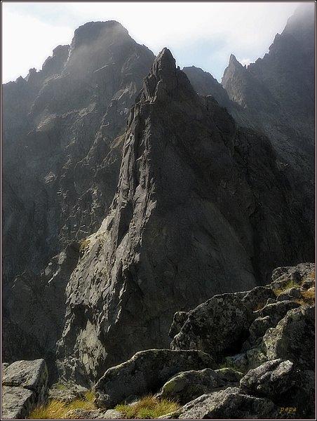 Východní Železný štít z Hrubé Sněžné kopy