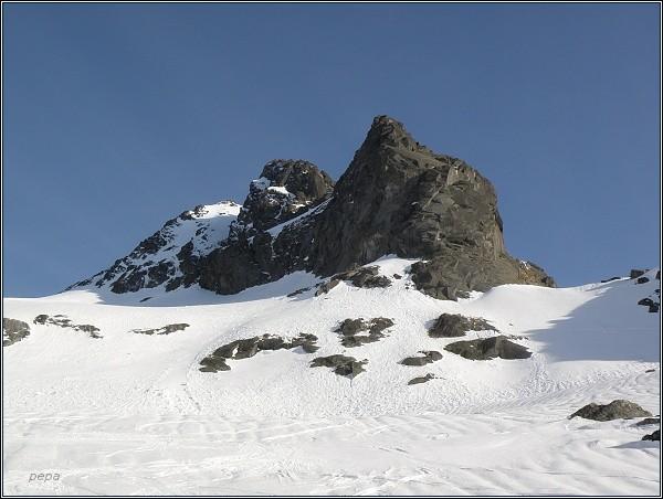 Ošarpance (vpravo), Dračí štít a Vysoká