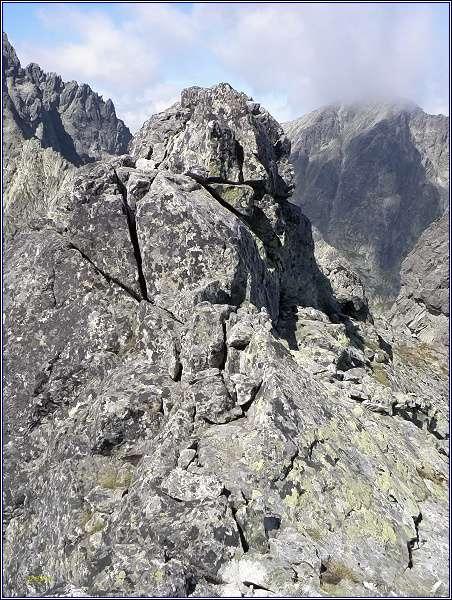 Rumanov štít. Hlavní (severozápadní) vrchol