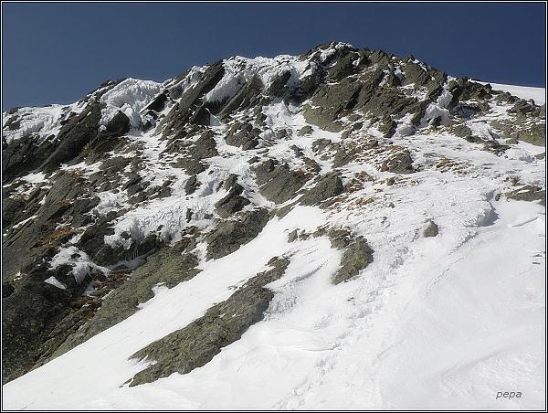 Hrubá Snežná kopa nad Východnou Železnou bránou