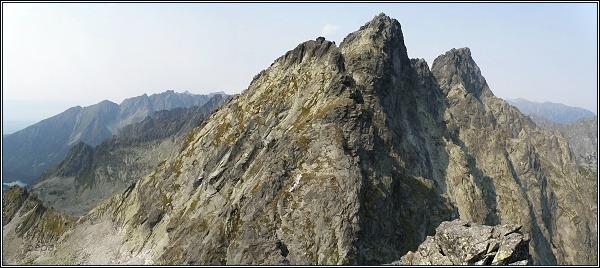 Severní stěny Zlobivej, Rumanovho štítu a Ganku z Prostrednej Snežnej kopy