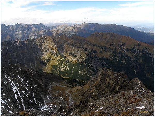 Javorová dolina z Ľadovej priehyby. V popředí Javorinská Široká