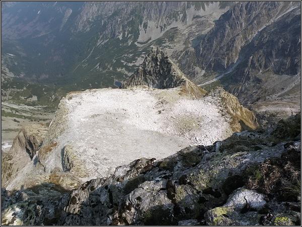 Na Prostrednej Sneznej kope. Pohled do Kačacej doliny