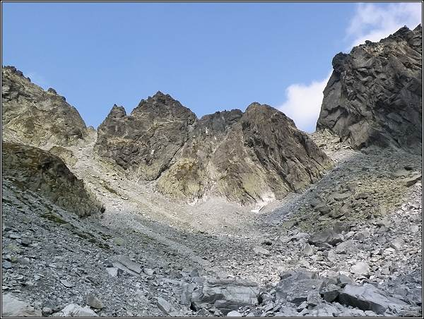 Snežné kopy nad Dolinou Zlomísk