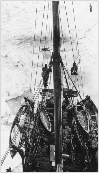 Srpen 1913. Karluk v zajetí ledu
