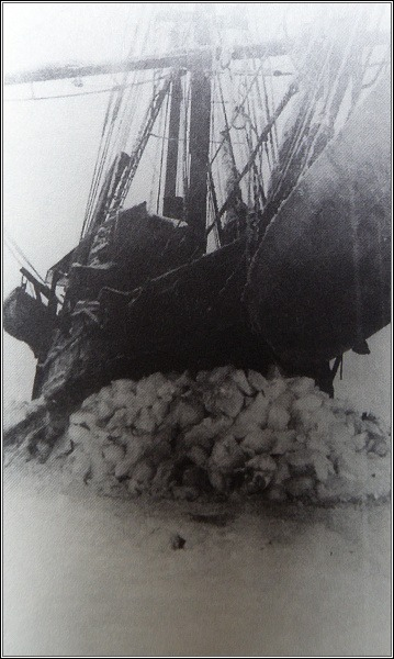 Poslední fotografie Karluk, těsně před potopením