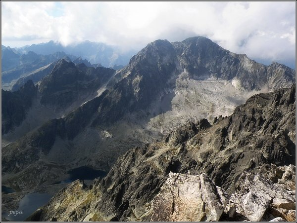 Malá Studená dolina a Ľadové štíty z Lomnického štítu