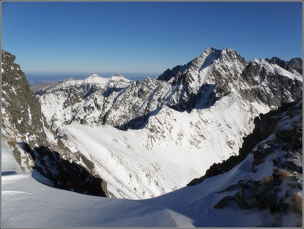 Na Svišťovom štíte. V pozadí Ľadové štíty a Belianske Tatry