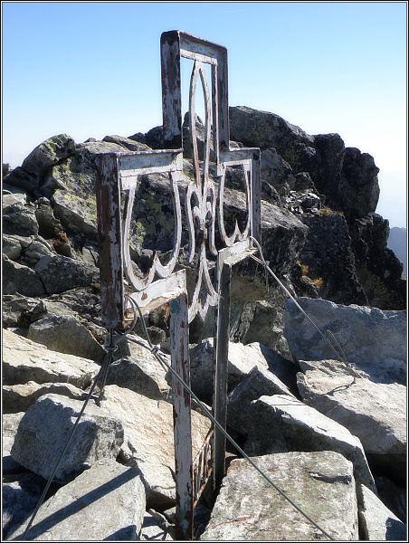 Kříž na severozápadním vrcholu