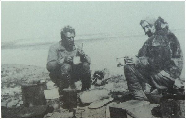 John Munro a Robert Templeman v Rodgerově přístavu