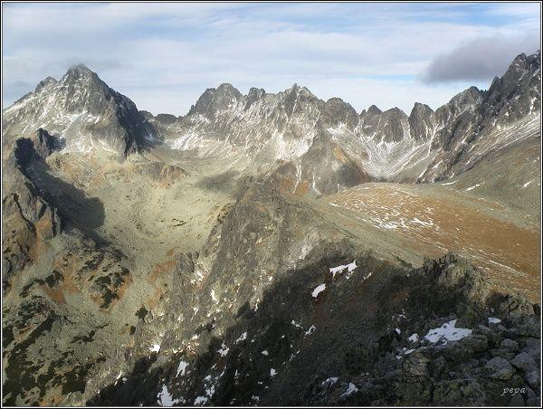 Tupá. Pohled k Vysokej a do Rumanovej doliny