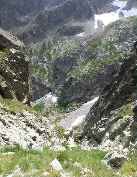 Pohled z Jastrabieho sedla do Malej Zmrzlej doliny