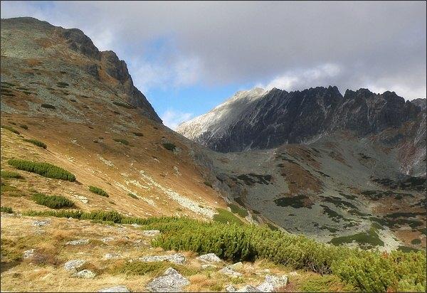 Važecká dolina, Jamský hrebeň a Krátka z Predného Handela.