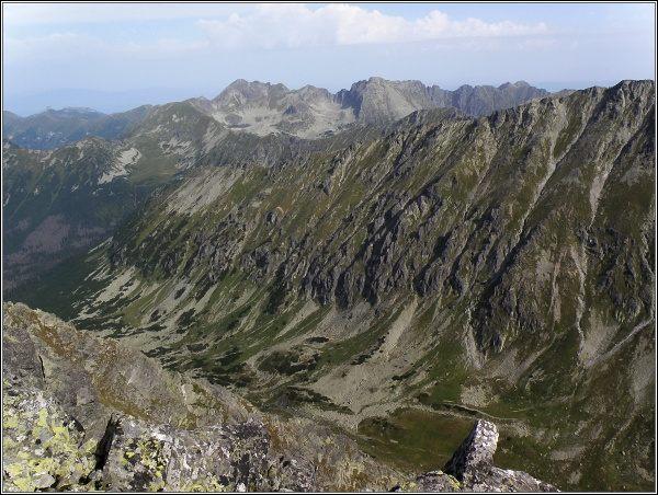 Hlinská dolina a polské Tatry ze Štrbského štítu