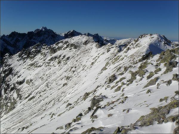 Veľký Svišťový štít, Zadná Svišťová priehyba a Prostredný Svišťový štít (vpravo)