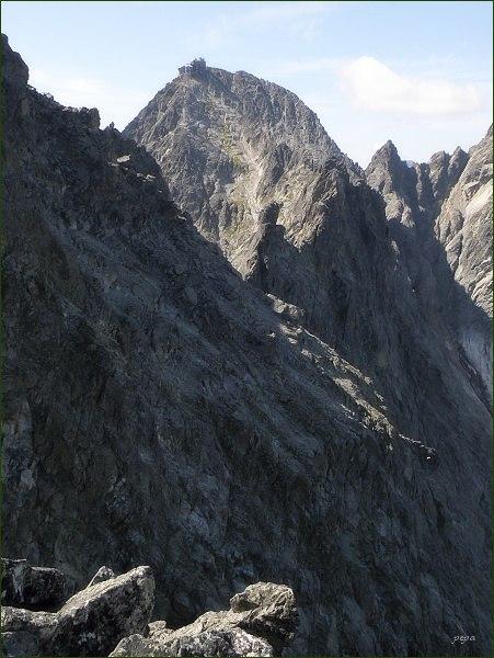 Lomnický štít a Posledná veža z Malého Kežmarského štítu