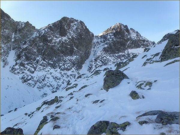 Kupola, Studené sedlo a Východná Vysoká (vpravo) ze Svišťového štítu