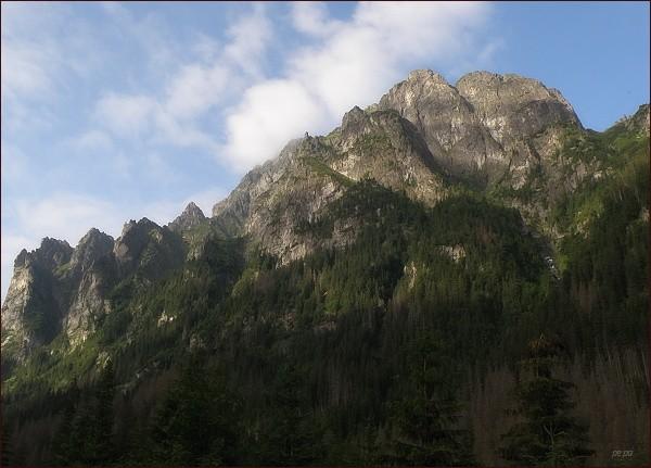Rozložitý masív Mlynára nad Bielovodskou dolinou