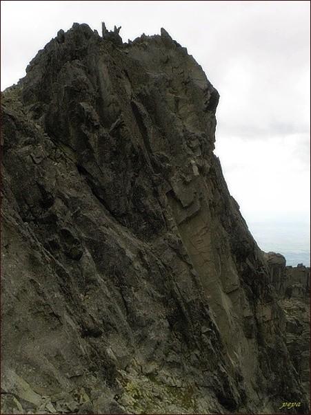 Huncovský štít nad Huncovským sedlom