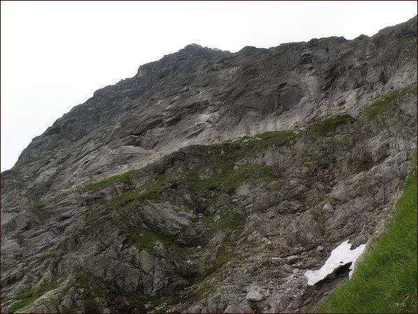 Severní stěna Veľkého Žabieho štítu nad Žabou Bielovodskou dolinou