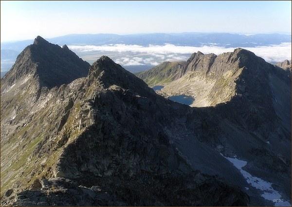 Furkotský štít (v popředí) z Hrubého vrchu