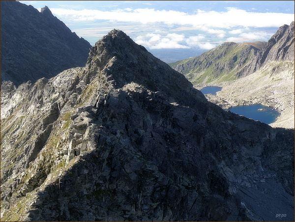 Furkotský štít (v popředí) od Hrubého vrchu