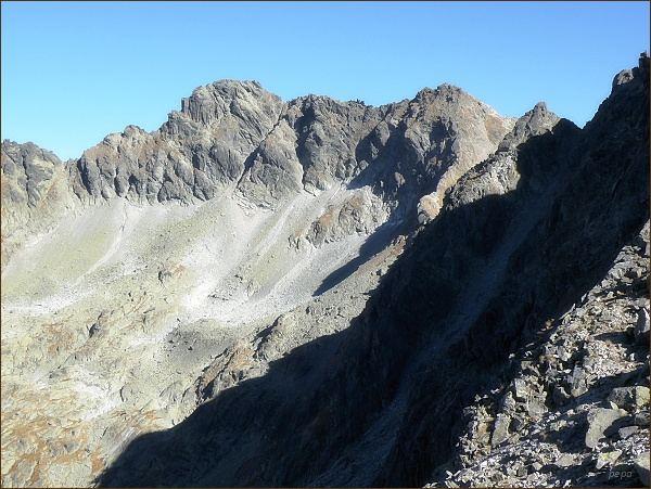 Furkotský štít (vpravo) a Hrubý vrch  z Nefcerského sedla