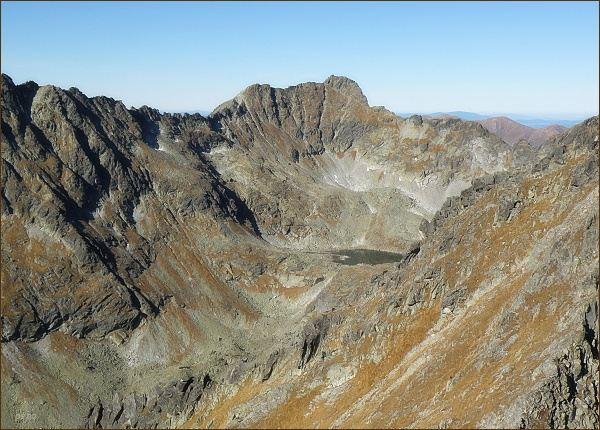 Furkotský štít (uprostřed) a Hrubý vrch (vpravo) z Prednej Bašty