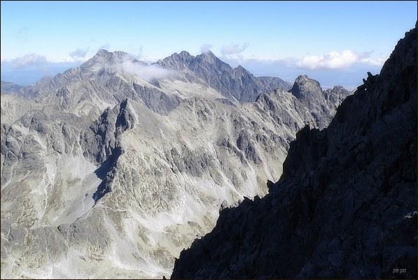 Pohled od Veľkej Litvorovej veže na východní část Vysokých Tatier