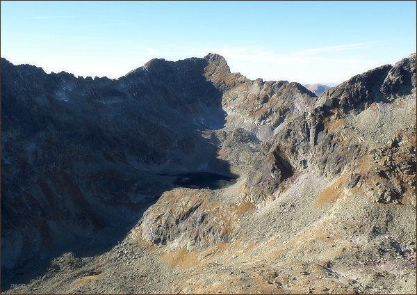 Hrubý vrch a Furkotský štít  (vlevo) z Čertovho hrbu